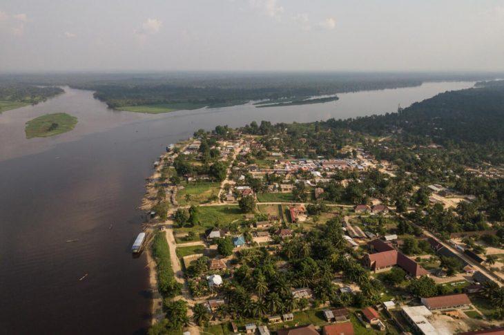 Congo River along the city of Isangi, near Kisangani