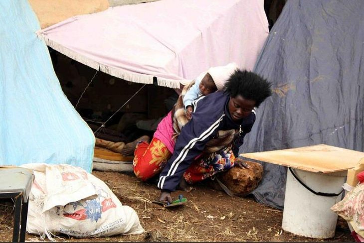 De Deur Camp refugees