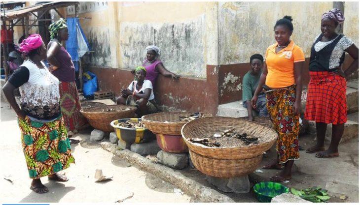 Fish sellers in Bonthe