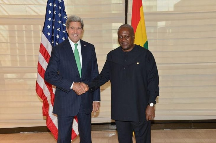 John Dramani Mahama and then US Secretary of State John Kerry