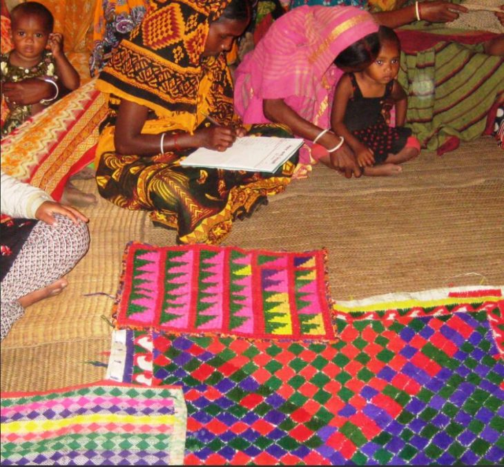 Members of an organization of Santal women discuss ideas for diversifying their income opportunities.