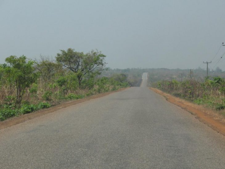 Road from Tamale to Yendi